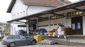 vr bank wolfratshausen sieben meter hohes geb 228 ude am dorfplatz m 252 nsing geplant