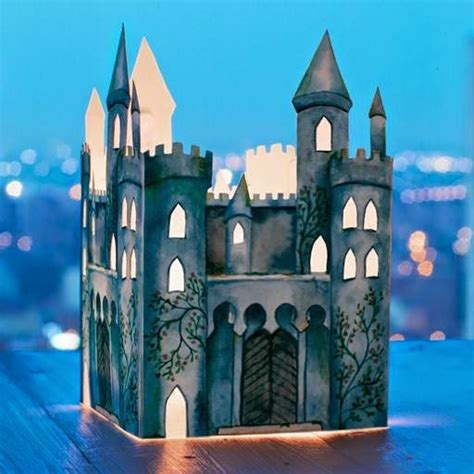 Paper Craft Castle - papercraft castle lantern