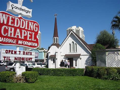 images  las vegas chapels  pinterest