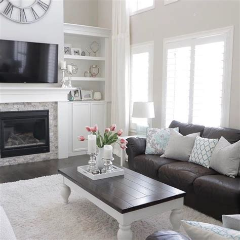 living room ideas with white leather sofa 25 best ideas about white leather couches on