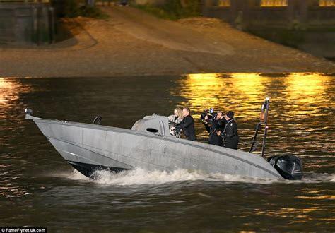 thames river james bond james bond spectre speedboat chase on the river thames