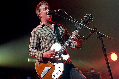 queens of the stone age fan club josh homme humbled by queens of the stone age fans