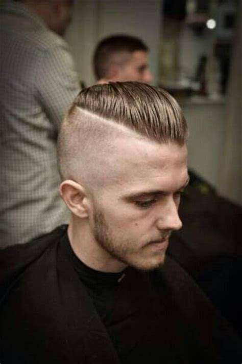 mens hipster haircut 22   Mens Hairstyle Guide