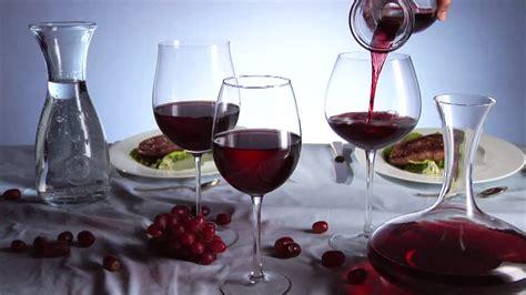 vino a tavola il galateo vino a tavola