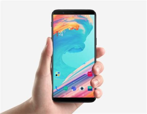 oneplus 5t with official warranty is hitting malaysia soon