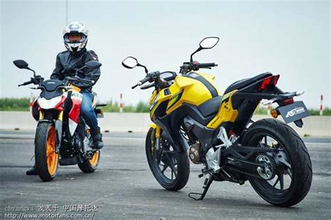 Tas Tangki Motor Cb150r jika honda cb190r cb200r versi indonesia seperti ini