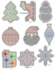 plastic canvas ornament patterns 356 best plastic canvas images on plastic