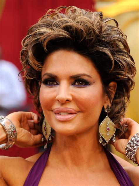 what products does lisa rinna use in her hair lisa rinna bright eyeshadow lisa rinna looks stylebistro