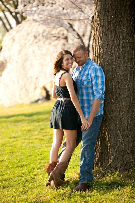 Cherry Blossom Oleh Christa christa kenny s cherry blossom engagement session in