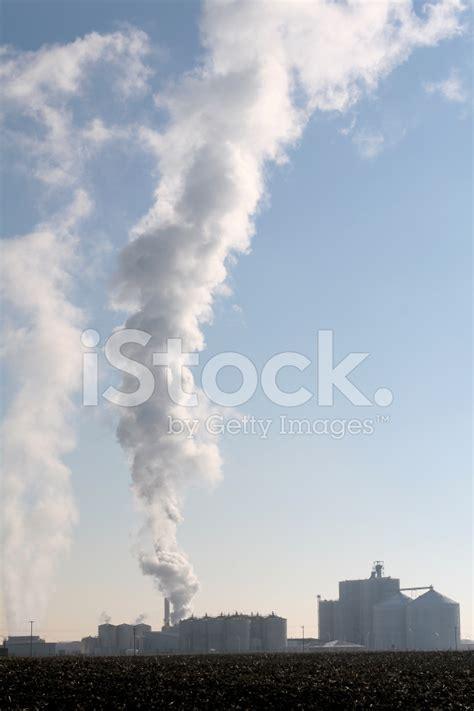 Stelan Pkumy ethanol plant steam plume stock photos freeimages