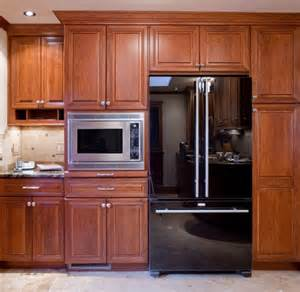 who is the cabinet maker of the microwave cabinet