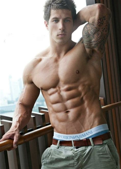 Shirtless Shredded Male Aesthetic Physiques