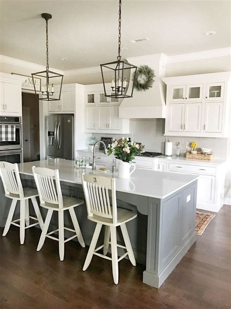 Farmhouse Kitchen Lighting 25 Best Ideas About Farmhouse Kitchen Lighting On Pinterest Updated Kitchen Farmhouse