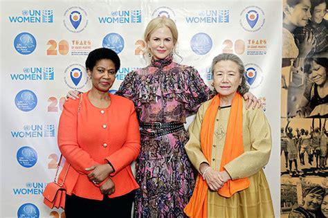 Kidman Begins Visit To Kosovo As Un Goodwill Ambassador 2 by Kidman Co Hosts Studded Gala For Un Trust Fund