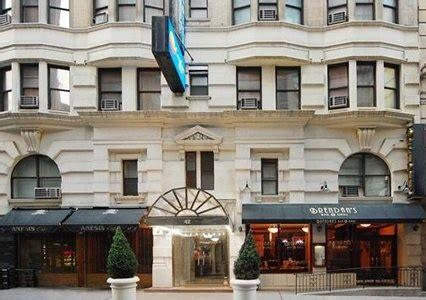 is comfort inn pet friendly manhattan hotels comfort inn pet friendly hotel in nyc