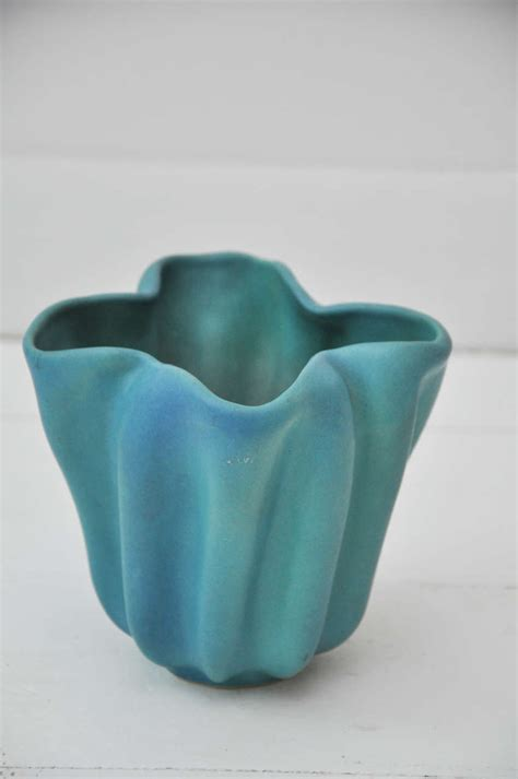 Briggle Vase Value by Authentic Briggle Pottery Vase At 1stdibs
