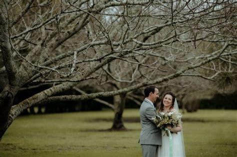 weddings on a budget nz weddings on a budget markovina vineyard estate
