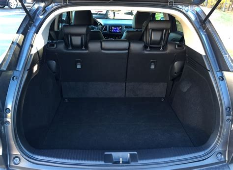Crv Interior Space by What Is The Cubic Square Of Cargo Space In A 2015