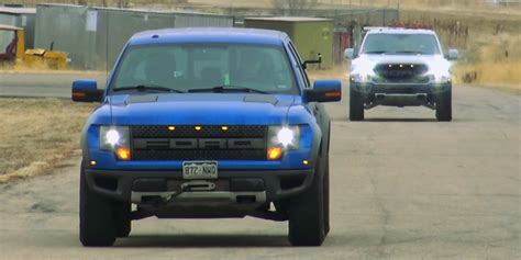 ford raptor vs ford f 150 2014 vs 2017 ford f 150 raptor ford authority