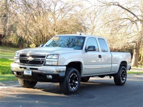 sell used 2006 chevy silverado work truck ext cab longbed tow 55k texas direct auto in stafford 2006 chevrolet silverado 2500 hd extended cab work truck for sale used cars on buysellsearch