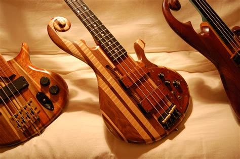 Handmade Bass - wallpusher handmade custom bass guitars