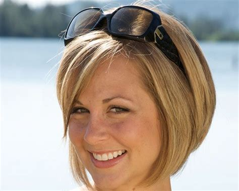 short hair reverse homrew reverse bob cuts beauti 27 uptown bob hairstyles for