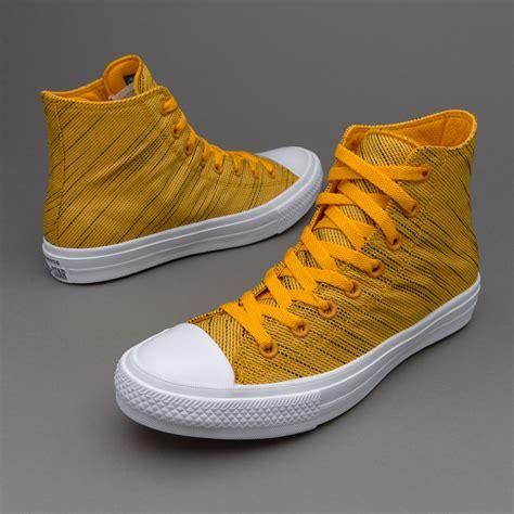Sepatu Converse Chuck Ii Hi Komponen Oribiru Navy Dongker sepatu sneakers converse chuck all ii hi yellow navy