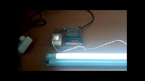 Lu Bohlam Essential Philips 8 Watt philips essential led 20w865