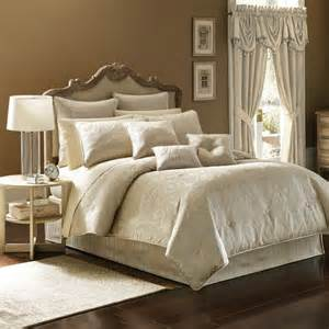 Queen new home designs choosing the best comforter sets queen