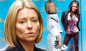 kelly ripa is fresh faced after nonstop halloween costume kelly ripa is fresh faced and casual after a nonstop spree