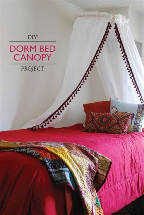 homemade canopy bed curtains 29 best images about diy canopy bed curtains on pinterest