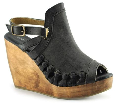 Sendal Wedges Spons Carry 606 best images about maybe someday bags shoes on steve madden flats and