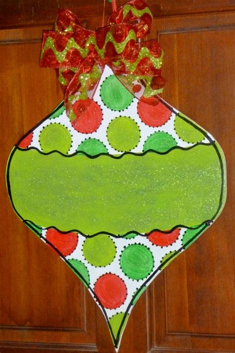 how to make medium size ornaments out of construction paper 92 best door hangers images on ideas and crafts