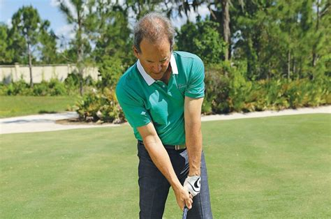 simple golf swing for seniors for your game senior amateur chip lutz avoids