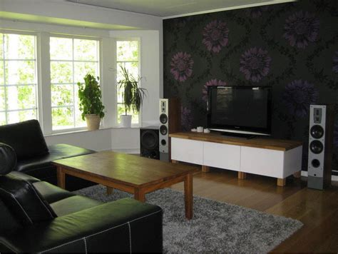 Feature Wall Wallpaper Ideas Living Room by Painter And Decorator In Watford Hemel Hempstead Watford Hemel Hempstead Decorators High