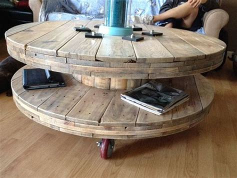 Spool Coffee Table by 1000 Ideas About Wire Spool On Spool Tables