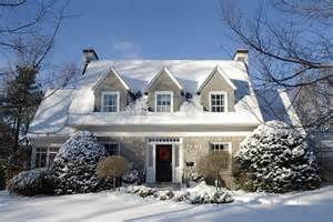 Winter House by 5 Advantages To Buying A Home In The Winter Ilanjoseph Com