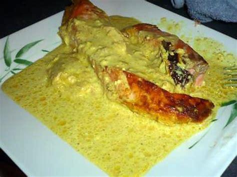 cuisiner des pav駸 de saumon recette de pave de saumon curry