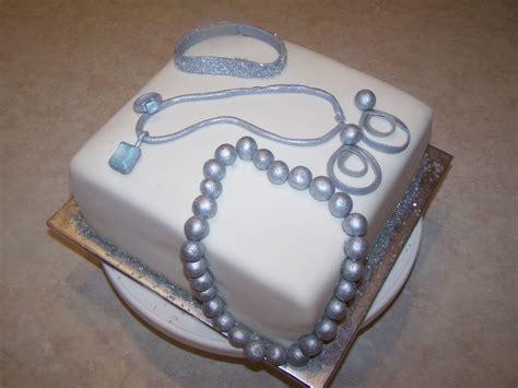 Custom Cake With Edible Jewelry Cake Designs Jewelry