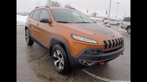 jeep cherokee trailhawk  mango tango orange