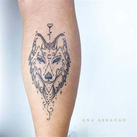 feminine wolf tattoo best wolf to howl at the moon top 161 of all time
