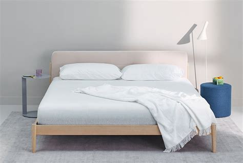 Back New Mattress by Casper S New Mattress Was Designed With Your Back In Mind