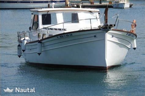 motorboot 3 tot 6 meter huur motorboot menorquin myabca 900 in ma 243 menorca nautal