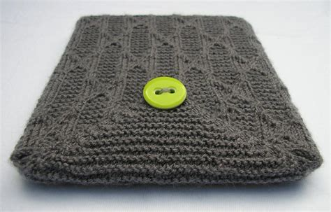 how to knit a laptop sleeve 7 tech knitting patterns for the tech savvy knitter