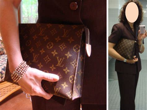 Lv Bandou 27 toiletry pouch 26 as a clutch yes no page 2