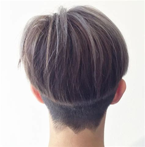 bowl cuts on pinterest bowl cut funky hair and bowl 35 chic bowl cut hairstyles classy makes a comeback