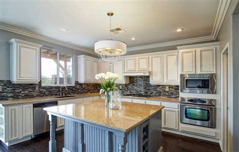Resurfacing Kitchen Cabinets by Refacing Or Refinishing Kitchen Cabinets Homeadvisor