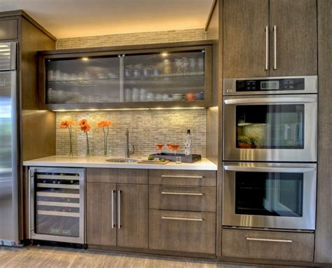 Gray Stained Kitchen Cabinets by Best 25 Gray Stained Cabinets Ideas On