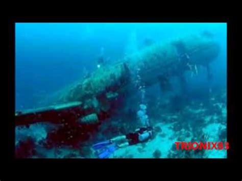 imagenes extrañas del mar aviones tanques y barcos hundidos en el fondo del mar