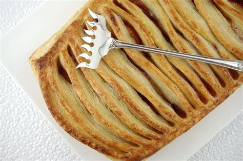 Jalousie Pastry by Nectarine Jalousie Tart With Puff Pastry
